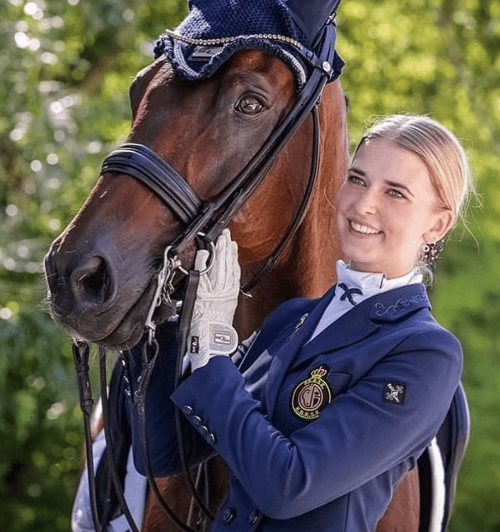 Karoline Sofie Vestergaard - Junioren ruiter EK '19 & '20